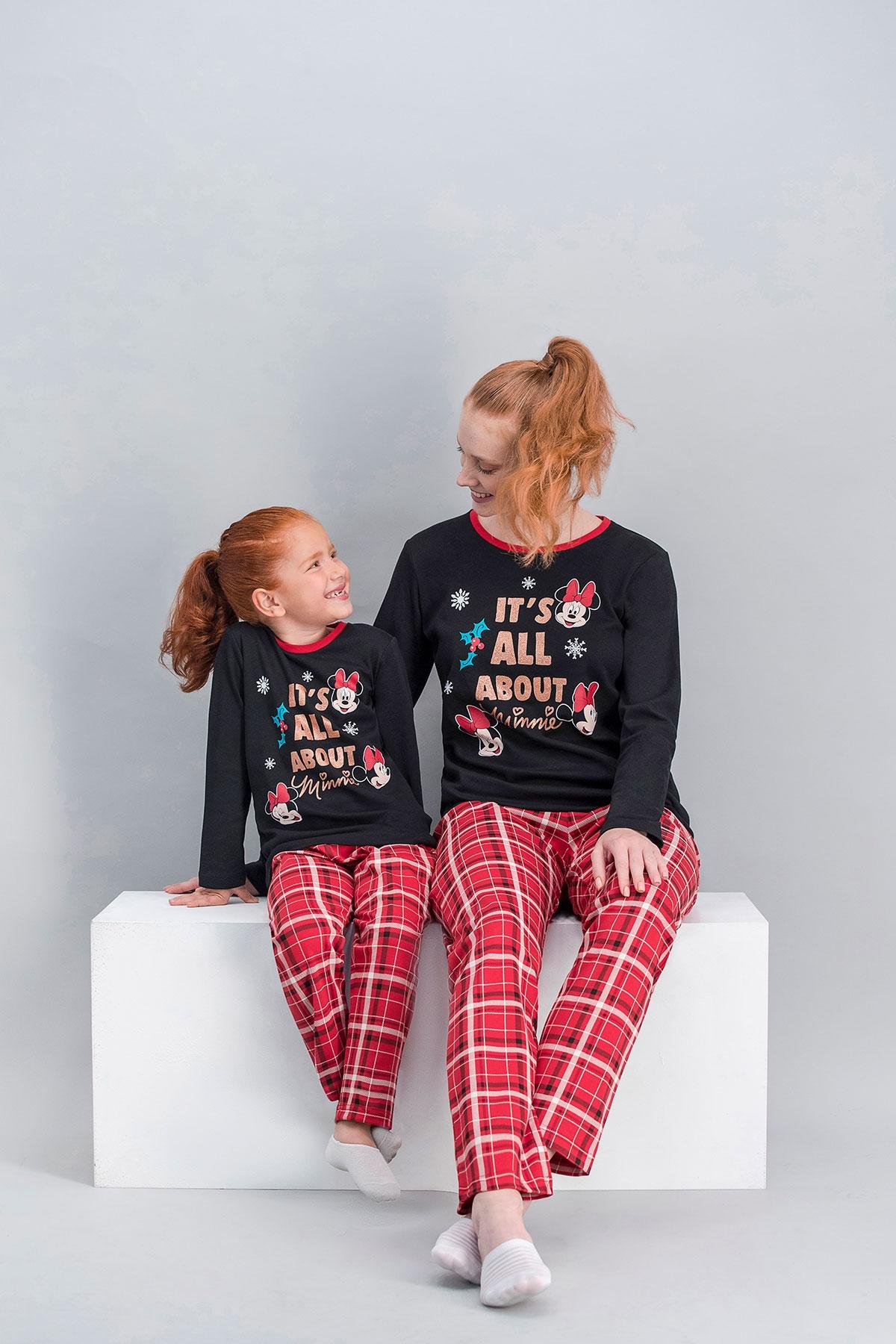 Minnie Mouse Lisanslı Ekose Siyah Anne Kız Pijama Takımı