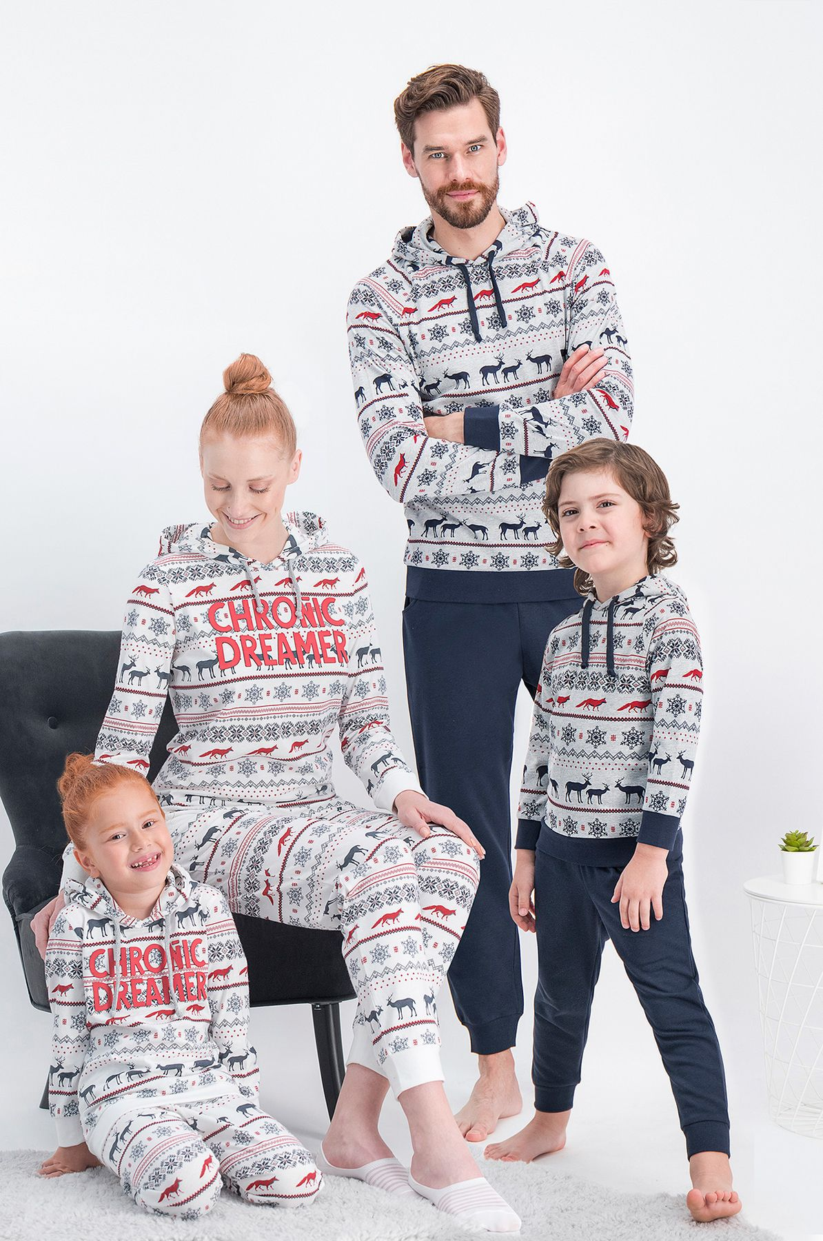 Arnetta Chronic Dreamer Krem Geyikli Aile Kombini Kapüşonlu Pijama Takımı