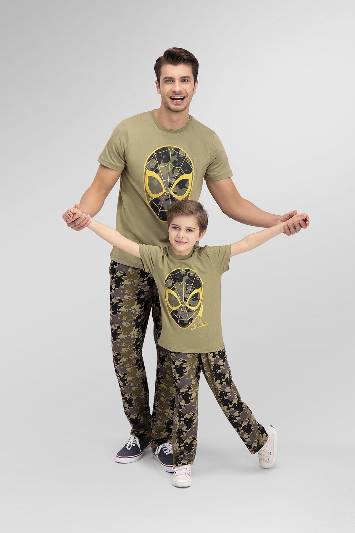 Spider Man Lisanslı Açık Haki Baba Oğul Pijama Takımı