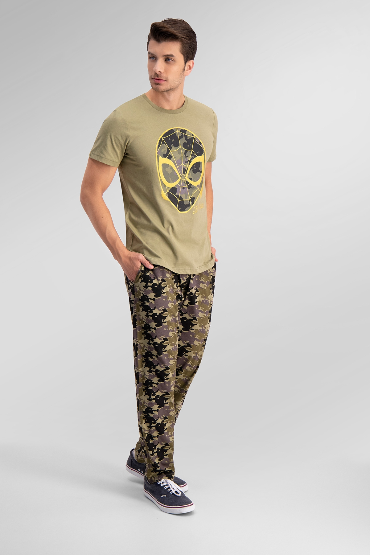 Spider Man Lisanslı Açık Haki Baba Oğul Pijama Takımı (1)