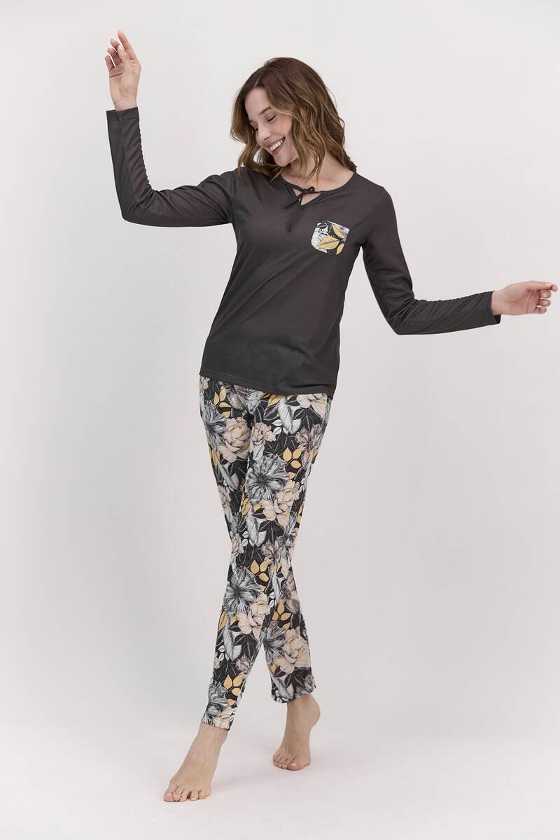 Pierre Cardin - Pierre Cardin Yaprak Desenli Siyah Kadın Cep Detaylı Pijama Takımı